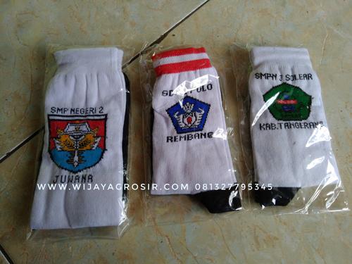 Grosir Kaos Kaki Rajut Logo Dan Nama Sekolah Untuk Kabupaten Wakatobi Atribut Sekolah
